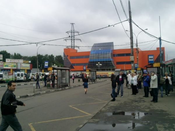 Метро петровско разумовская торговый центр парус
